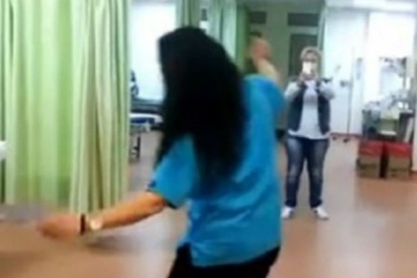 Τα βίντεο της ντροπής  από το γλέντι στα επείγοντα του νοσοκομείου Μυτιλήνης!