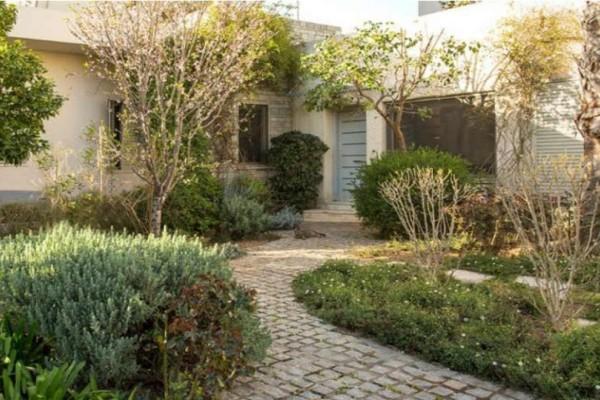 Ανακατασκευή μιας όμορφης κατοικίας του '50 με αυλή στο Χαλάνδρι! (photos)