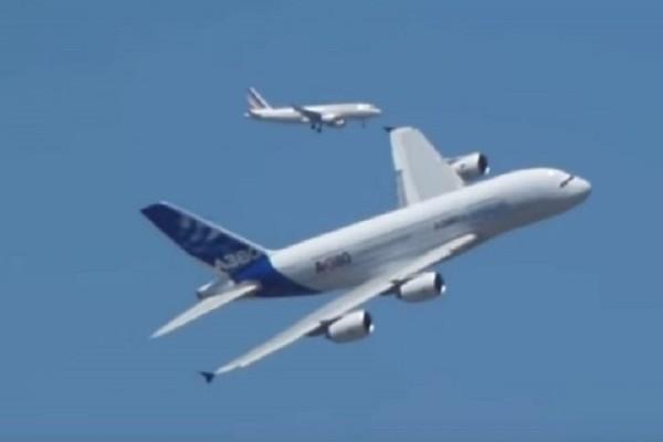 Συγκλονιστικό βίντεο: Αεροπλάνα που έγιναν «φτερά» στον άνεμο!