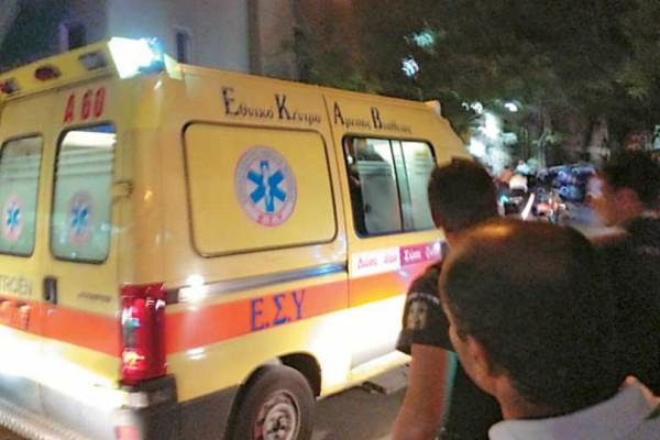 Αυτοκίνητο έπεσε σε στάση λεωφορείου - Ένας νεκρός και τέσσερις τραυματίες!