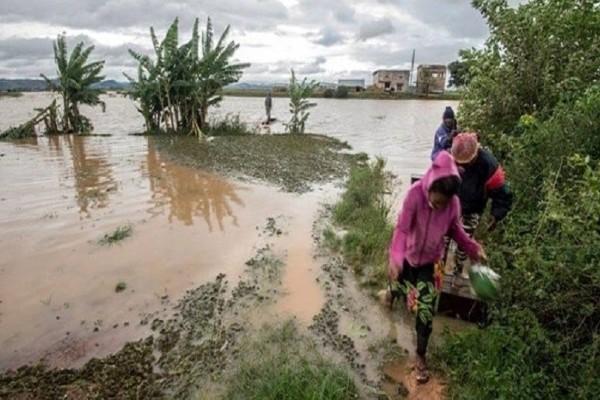 Ο φονικός κυκλώνας που χτύπησε την Μαγαδασκάρη! (Video)