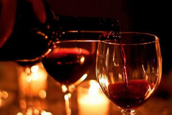 Πες μου τι κρασί πίνει να σου πω τι χαρακτήρα έχει!