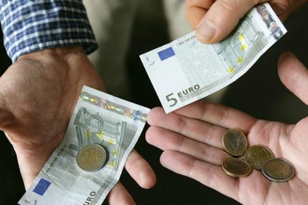 Σας αφορά: Ποιοι δικαιούχοι θα δούνε σήμερα λεφτά στους λογαριασμούς τους;