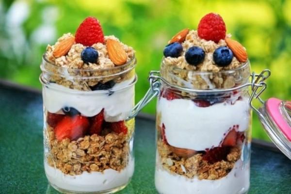 Γευστικά και υγιεινά: Αυτά είναι τα σνακ που επιλέγει ένας διατροφολόγος!