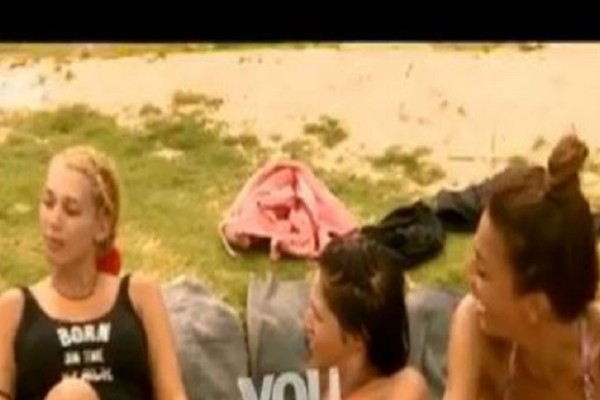 Survivor 2: Ο ξεκαρδιστικός διάλογος Χατζίδου - Σπυροπούλου για τα στήθη τους! Τα σύγκριναν...