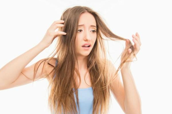 Το έχεις κάψει; 3 τρόποι να επαναφέρεις το μαλλί σου χωρίς ψαλίδι