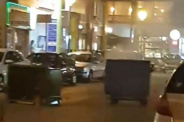 Επίθεση χρυσαυγιτών με τέσσερις τραυματίες σε στέκι στο Κερατσίνι!