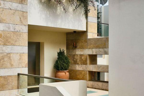 Ένα εντυπωσιακό συγκρότημα κατοικιών στο Παλαιό Ψυχικό! Θα μείνετε άφωνοι με τη πισίνα στο εσωτερικό τους