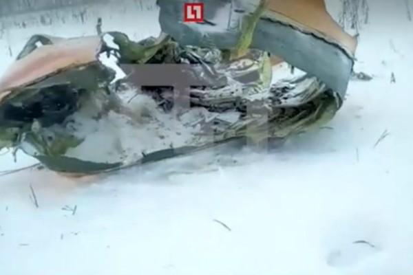 Συντριβή αεροσκάφους στην Μόσχα: Δεν υπάρχουν επιζώντες - Οι πρώτες εικόνες!