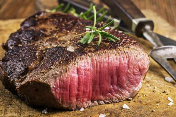 Δες τι μπορεί να πάθεις όταν τρως πολύ κρέας