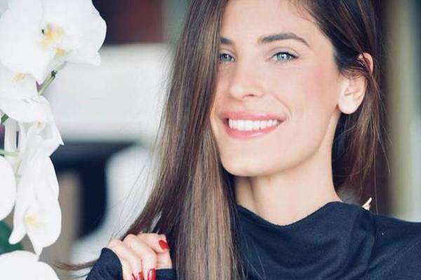 Χριστίνα Μπόμπα: Επέστρεψε γρήγορα στην Ελλάδα! Οι φήμες εγκυμοσύνης και η φωτογραφία!