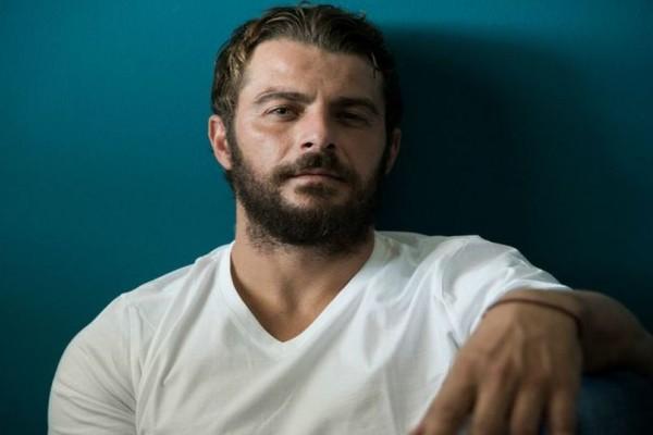 Πασίγνωστος Έλληνας τραγουδιστής κατακεραυνώνει τον Ντάνο: