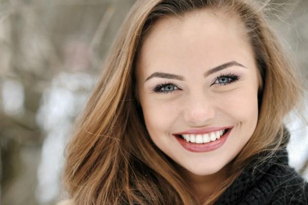 Κορίτσια δώστε βάση: Αυτά πρέπει να κάνετε για να δείχνετε φρέσκιες το πρωί χωρίς μακιγιάζ
