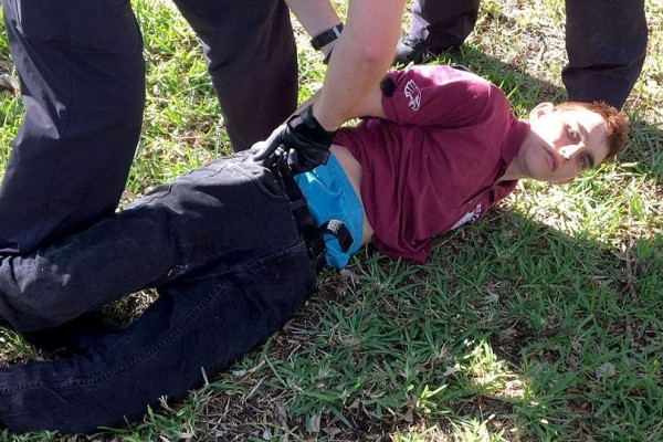 Αυτός είναι ο 19χρονος μακελάρης που αιματοκύλησε την Φλόριντα! - Οι αρχές του είχαν απαγορεύσει να μπαίνει σε σχολείο με σακίδιο!