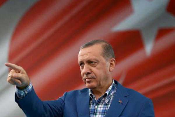 Το μπλόκο των Τούρκων έστειλε τη γεώτρηση στο... Μαρόκο!