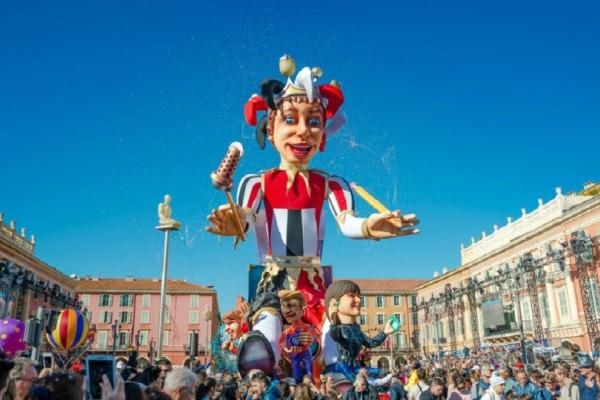 Απόκριες στην Ελλάδα: Οι μύθοι, οι παραδόσεις και τα καρναβαλικά έθιμα της χώρας!