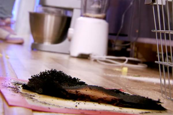 MasterChef: Τα είδε όλα ο Κοντιζάς με την φωτιά στην κουζίνα του παιχνιδιού! Ποιος έβαλε φωτιά στο πιάτο του; (video)