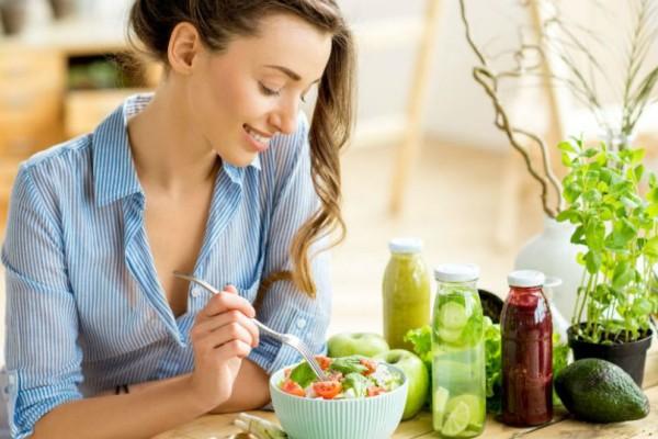 Έτσι θα υπολογίσετε τις θερμίδες που πρέπει να καταναλώνετε κάθε μέρα!
