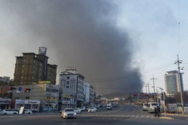 Μεγάλη φωτιά ξέσπασε στο Ολυμπιακό χωριό στη Νότια Κορέα μία μέρα πριν από την έναρξη των Χειμερινών Ολυμπιακών Αγώνων!