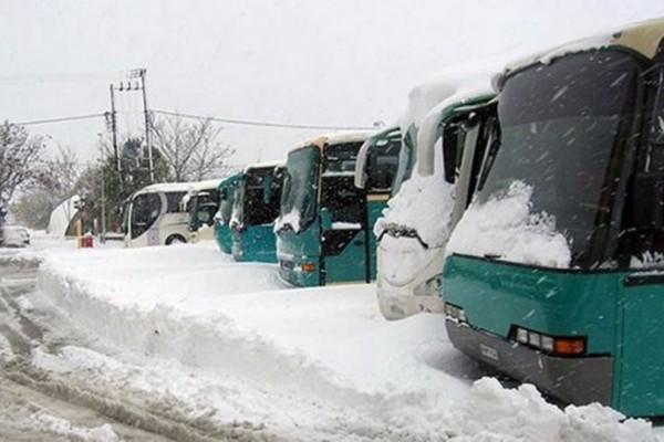 Λεωφορείο του ΚΤΕΛ προσέκρουσε σε μπάρα!