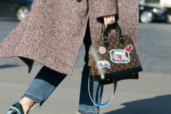 Αυτή είναι η ρετρό τσάντα που επιστρέφει από το παρελθόν -Μικρή, πρακτική και chic