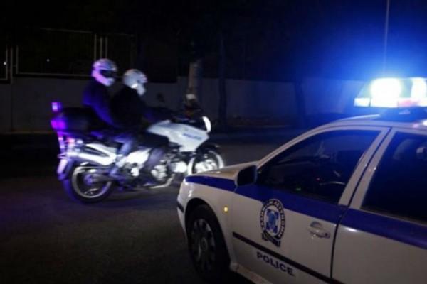 Χαϊδάρι: Δύο άνδρες πυροβόλησαν γυναίκα στο σπίτι της!