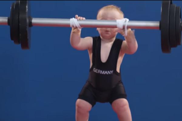 Πώς θα ήταν οι Ολυμπιακοί Αγώνες αν διαγωνίζονταν δίχρονα; (video)
