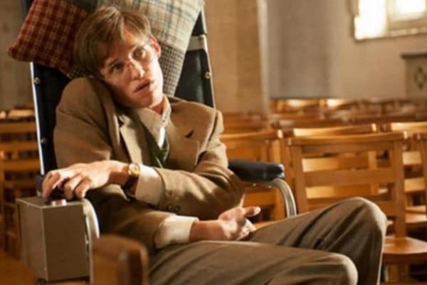 «Θεωρία των Πάντων» : Η συγκλονιστική ταινία βγαλμένη από την ζωή του Στίβεν Χόκινγκ που πρέπει να δεις!