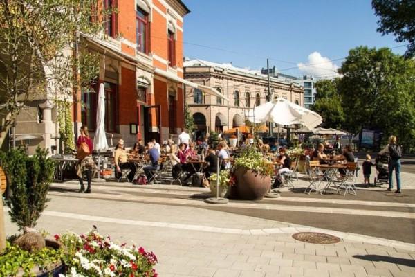 Η ελληνική γειτονιά που βρίσκεται ανάμεσα στις κορυφαίες της Ευρώπης! Και όχι, δεν είναι η Πλάκα!