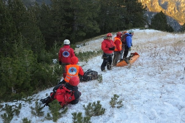 Επιχείρηση διάσωσης τραυματισμένου ορειβάτη στον Όλυμπο!