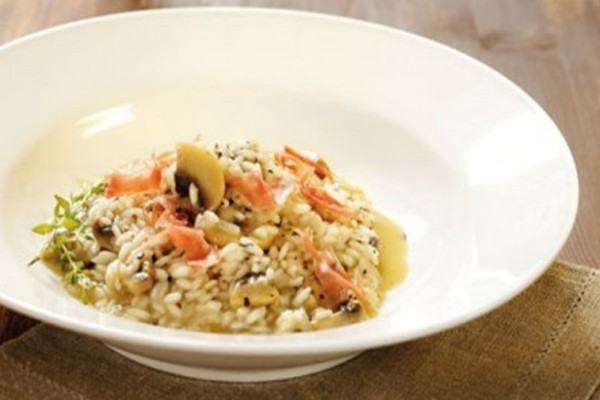 Η συνταγή της ημέρας: Ριζότο με μανιτάρια, θυμάρι και προσούτο!