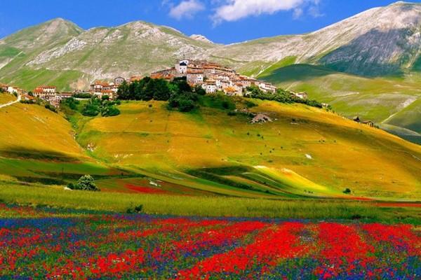 Ποια είναι τα 2 ελληνικά χωριά που βρίσκονται ανάμεσα στα 15 καλύτερα της Ευρώπης;