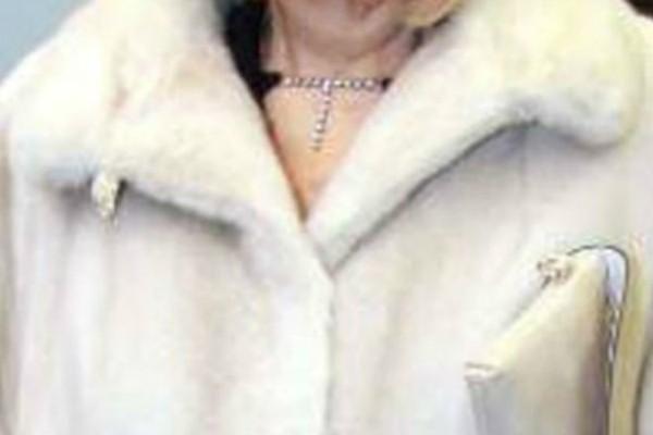Ραγίζει καρδιές πασίγνωστη Ελληνίδα ηθοποιός για τον θάνατο του άντρα της! «Έχασα τελείως τον εαυτό μου...»