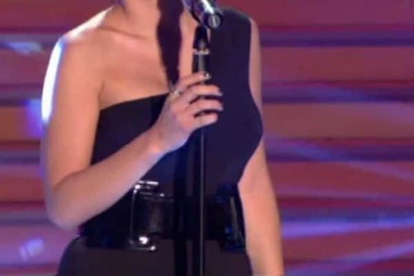Σοβαρό τροχαίο για γνωστή Ελληνίδα τραγουδίστρια! Εκσφενδονίστηκε από το αμάξι! Ποια η κατάσταση της υγείας της;