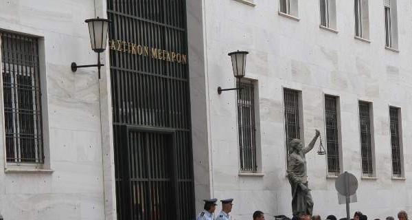 Αμαλιάδα: Το δικαστήριο «κούρεψε» 340.000 ευρώ από δανειολήπτρια!