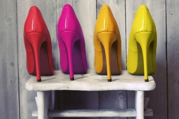 Θα απογειώσουν το στυλ σου: Οι γόβες που φοράνε αυτή την άνοιξη οι Ελληνίδες celebrities!