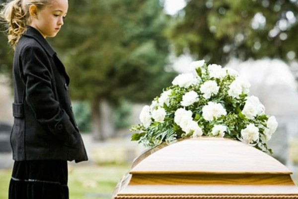 Γονείς προσοχή: Αυτός είναι ο τρόπος που ανακοινώνουμε σε ένα παιδί μια απώλεια!