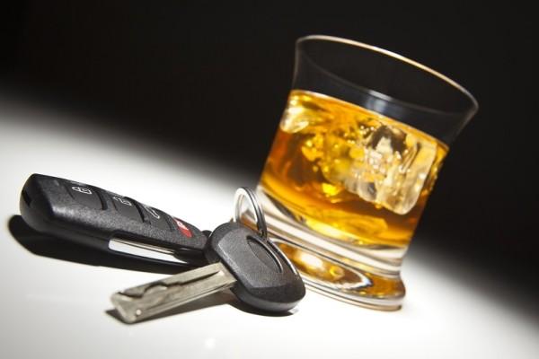 Σοκαριστικό περιστατικό στα Εξάρχεια: Μεθυσμένος οδηγός