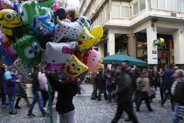 Εορταστικό ωράριο Πάσχα 2018: Πως θα λειτουργήσουν τα καταστήματα;