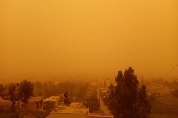 Πρωτοφανή σκηνικά σε Κρήτη και Ηλεία! - «Θάφτηκαν» από την αφρικανική σκόνη! (Photo & Video)