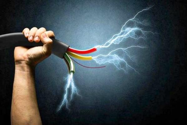 Σοκ στην Θεσσαλονίκη: Νεκρός 43χρονος ύστερα από ηλεκτροπληξία!