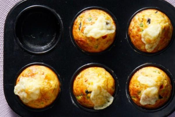 Εύκολα και υγιεινά muffins λαχανικών