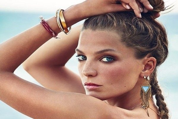 Ear jewelry: Είσαι έτοιμη να δώσεις μια vintage πινελιά στην εμφάνιση σου;