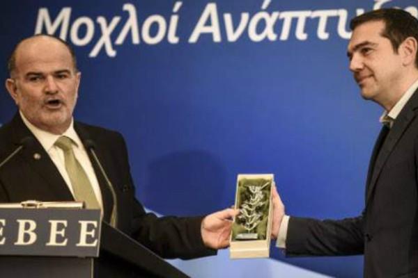 Κλαδί ελιάς δέχτηκε ο Αλέξης Τσίπρας για να βγει η χώρα από το αδιέξοδο!