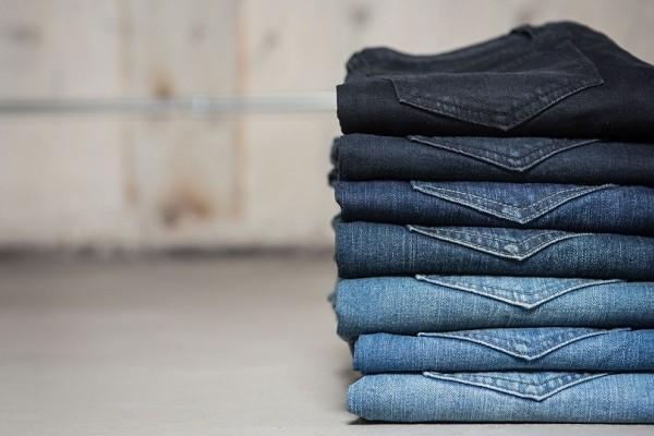 Δώσε βάση: Πέντε πράγματα που δεν ήξερες για το πλύσιμο των jeans σου!