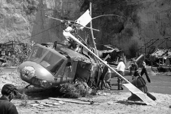 Πίσω στο Χρόνο: Ελικόπτερο σκοτώνει τρεις ηθοποιούς στα γυρίσματα ταινίας του Σπίλμπεργκ!