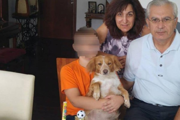 Φρικτό έγκλημα: Αυτό είναι το ζευγάρι που δολοφονήθηκε μπροστά στον 15χρονο γιο τους!