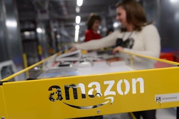 Απίστευτο κι όμως αληθινό: Γιατί οι υπάλληλοι της Amazon αναγκάζονται να ουρούν σε μπουκάλια;