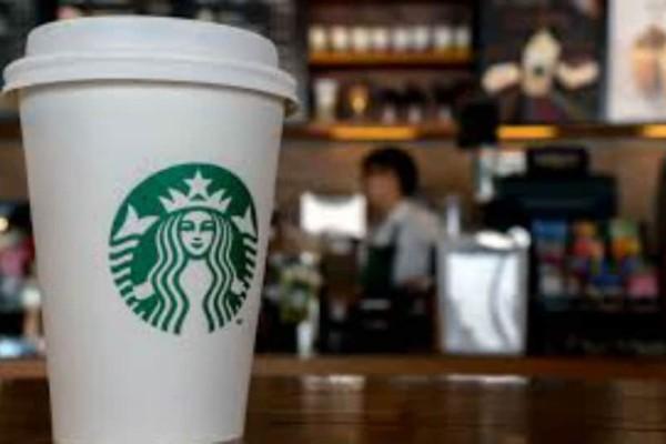 Οργή για τα Starbucks: Συνελήφθησαν σε καφέ της αλυσίδας επειδή απλώς... περίμεναν! (video)