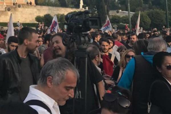 Αντιπολεμικό συλλαλητήριο του ΠΑΜΕ στο Σύνταγμα (photos & video)